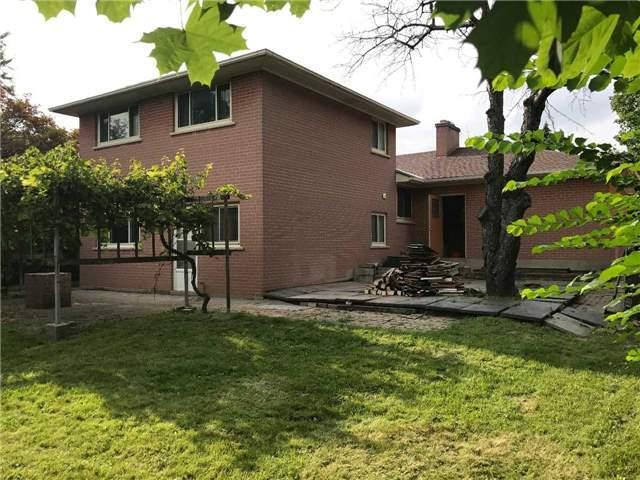 For Rent: 33 Hopperton Drive, Toronto, ON | 4 Bed, 2 Bath House for $3,600. See 9 photos!
